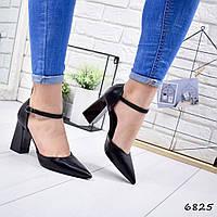 Женские туфли весенние на каблуке