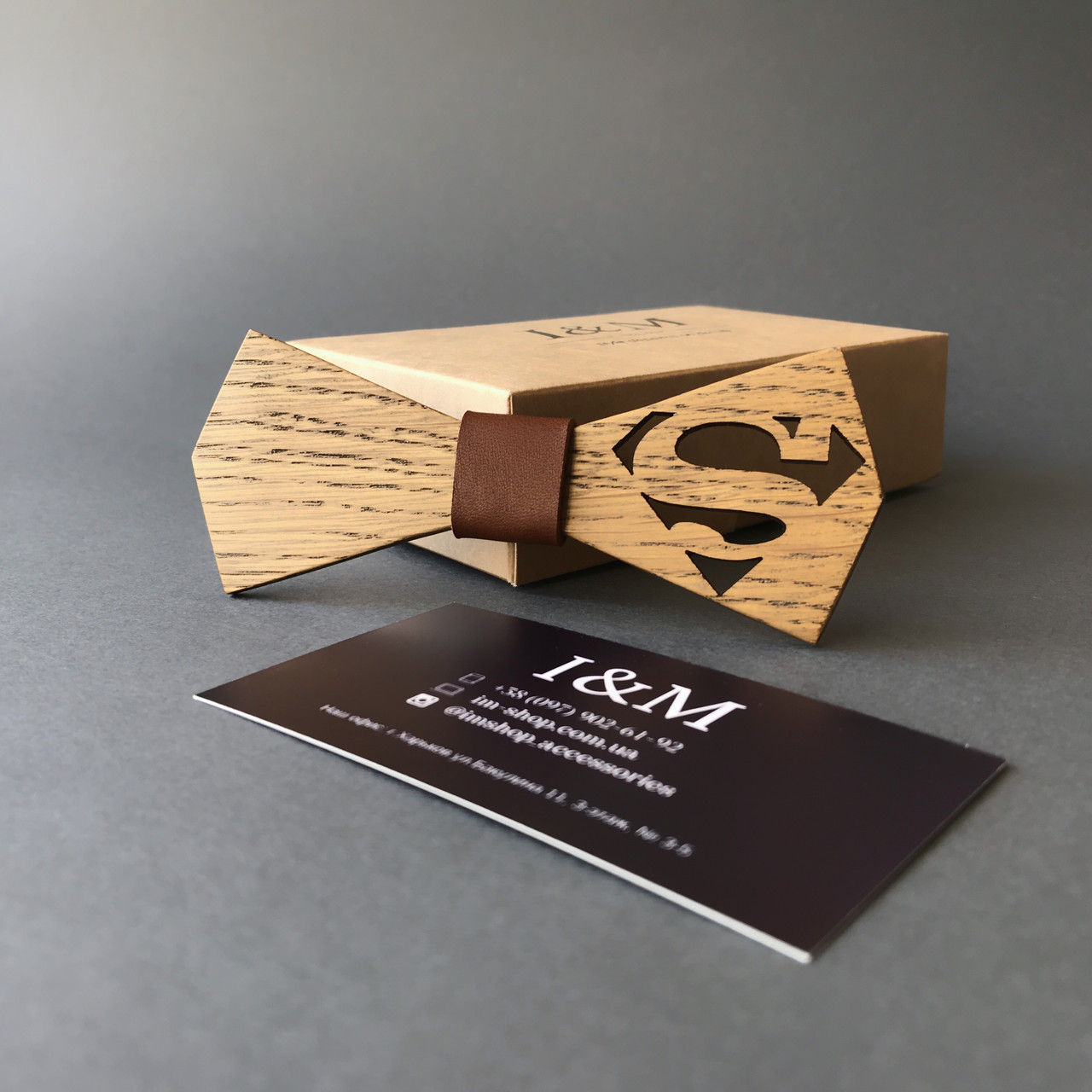 """Галстук-бабочка I&M Craft из дерева с гравировкой """"супермен"""" (011219)"""