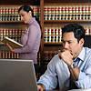 Какие вопросы поставить адвокату перед тем, как принять решение о подписании с ним договора?