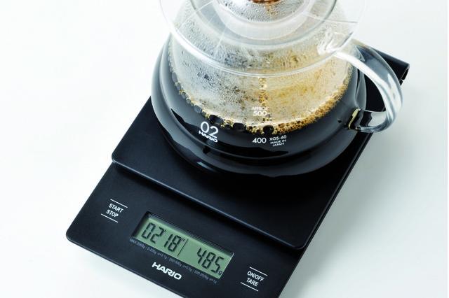 Приготовление кофе альтернативным способом на весах