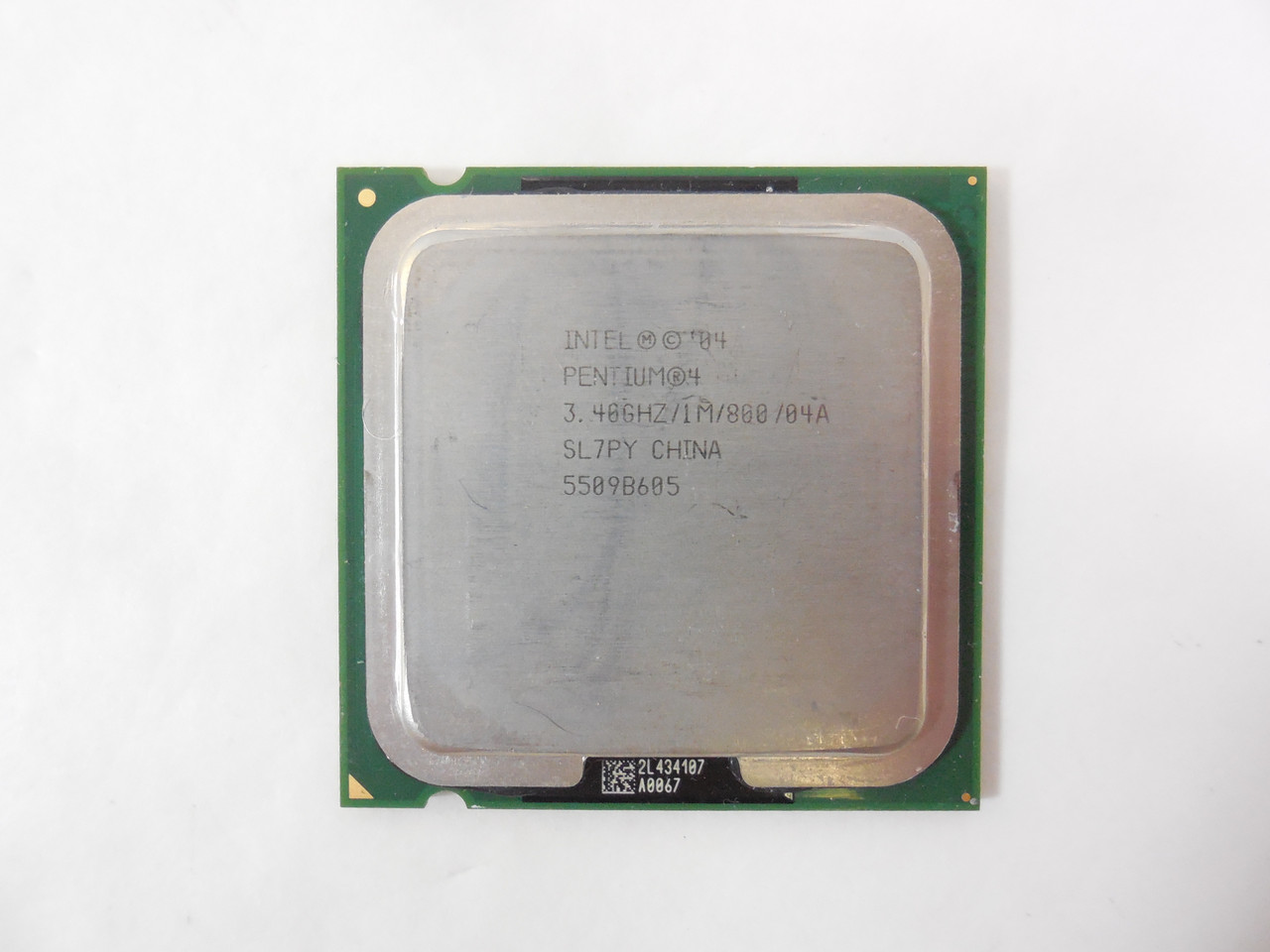 Процессор Intel Pentium 4 550 3.40GHz/1M/800 (SL7PY) s775, tray