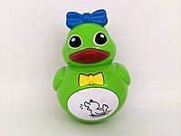 Детская музыкальная игрушка Неваляшка Уточка ( зеленая)