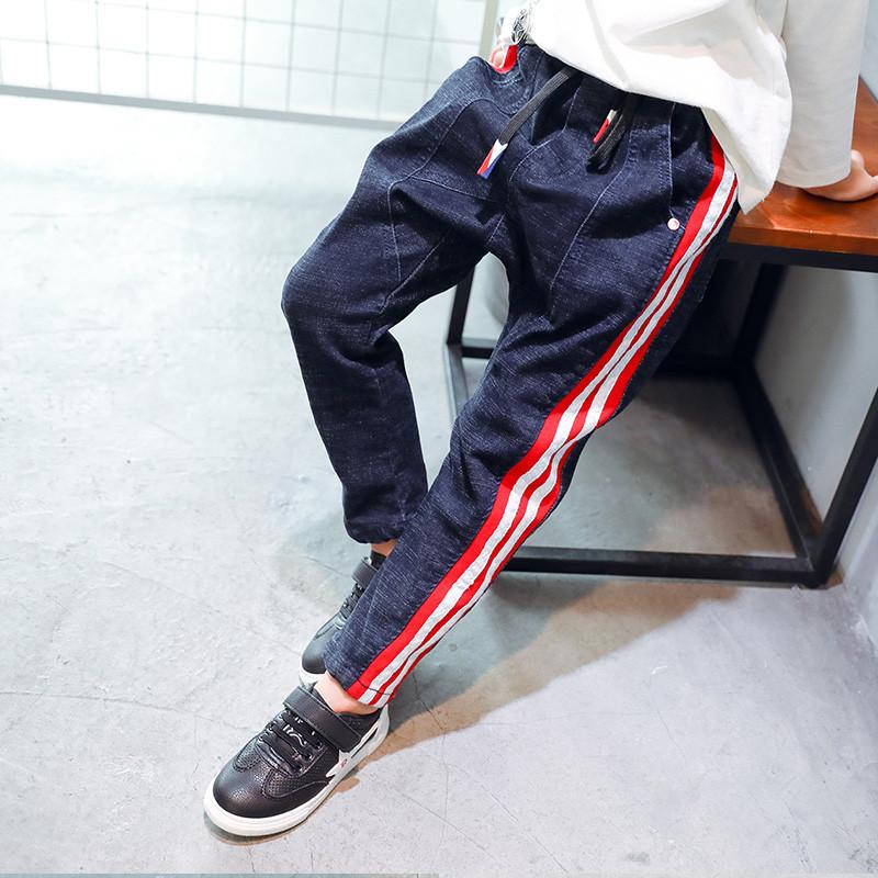 Детские джинсы спортивные на мальчика