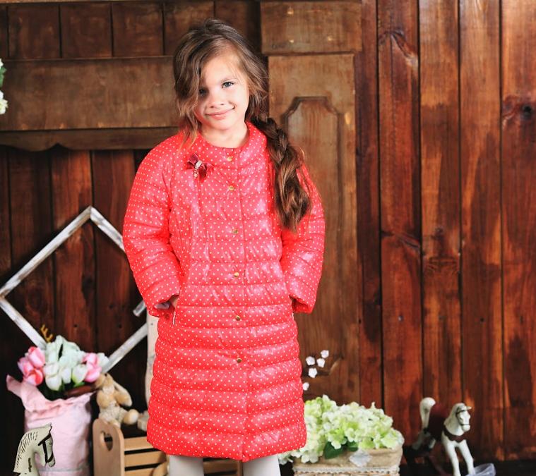 Демисезонное пальто для девочки малиновое в горошек ТМ МОНЕ р-р 116