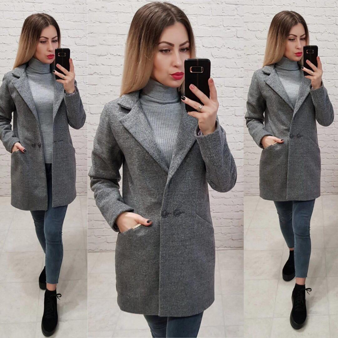Стильне жіноче кашемірове пальто весняне
