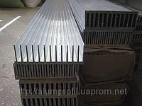 Радиатор размером 122х38