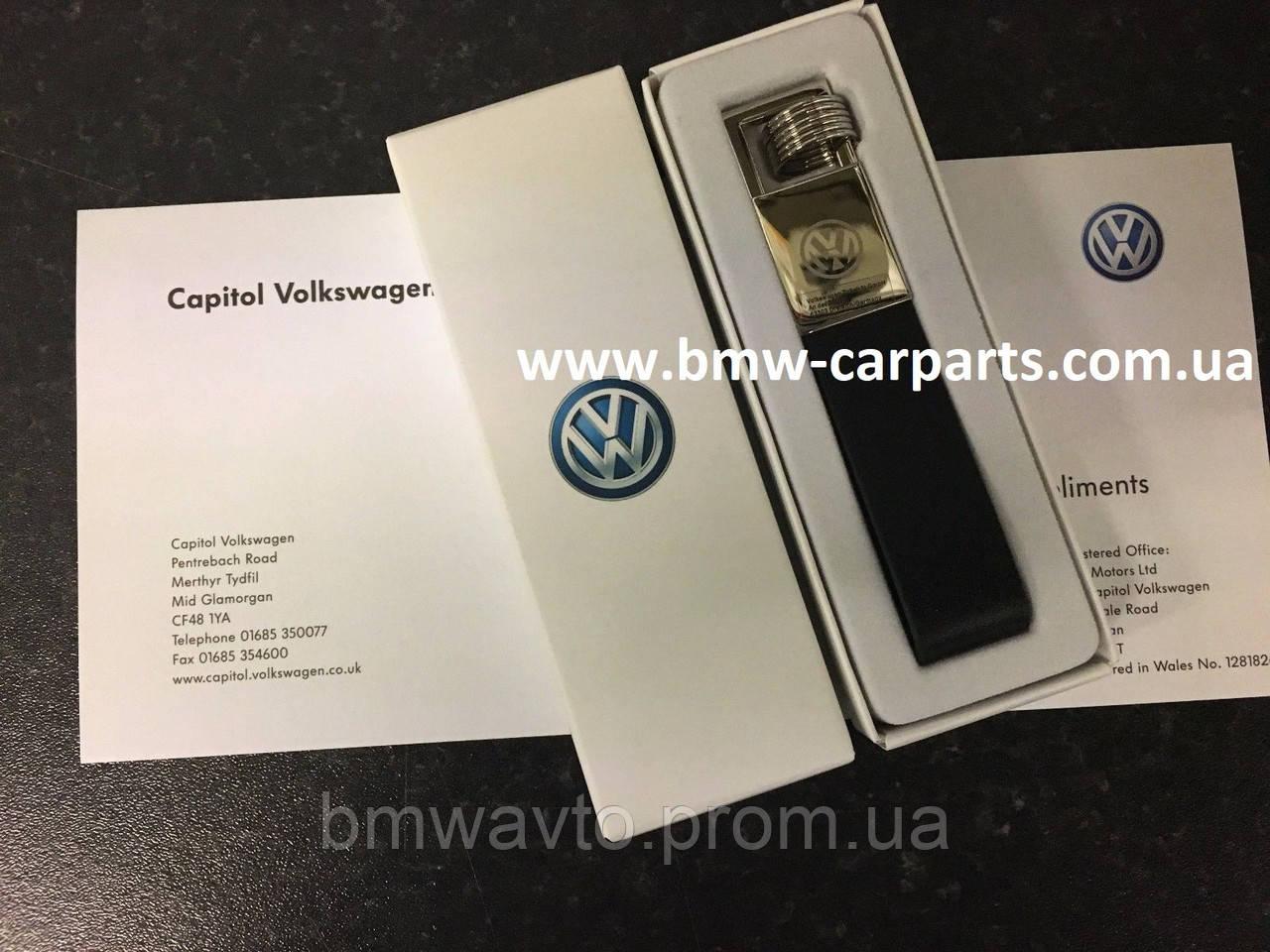 Брелок на кожаном ремешке Volkswagen Logo Keyring, Leather-Metall