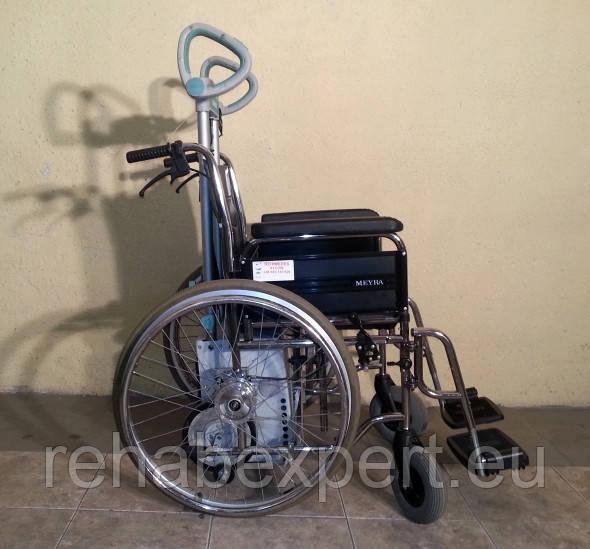 Мобильный лестничный подъемник колесного типа Alber Scalamobil S25 с Ультра Легкой Инвалидной Коляской
