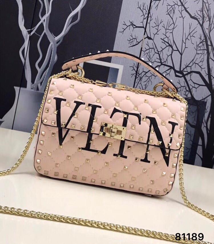 eca63c2a43cf Сумка в стиле Valentino буквы !люкс кожа! - Интернет-магазин обуви TINA LUX