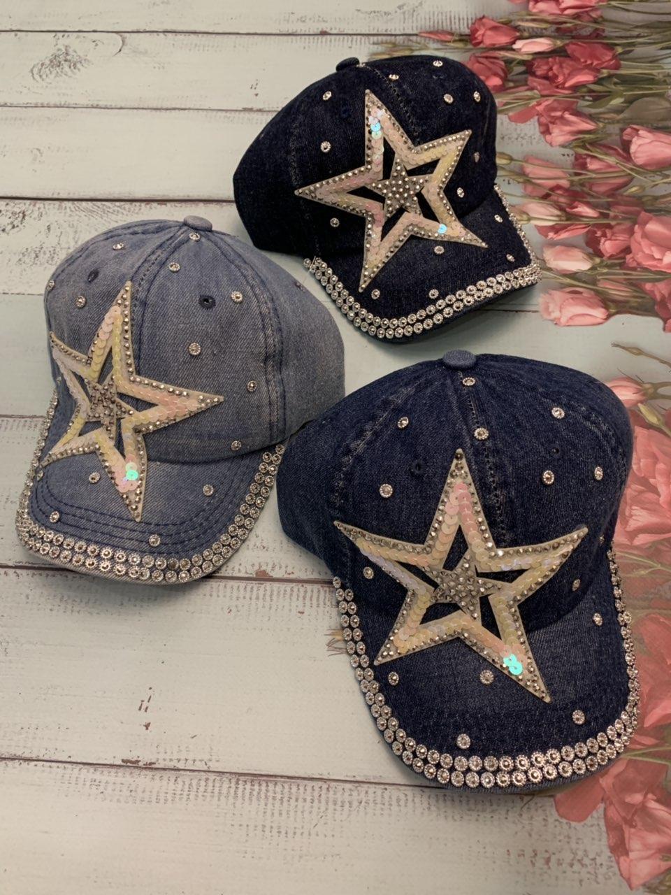 Стильная джинсовая кепка для девочки Звезда