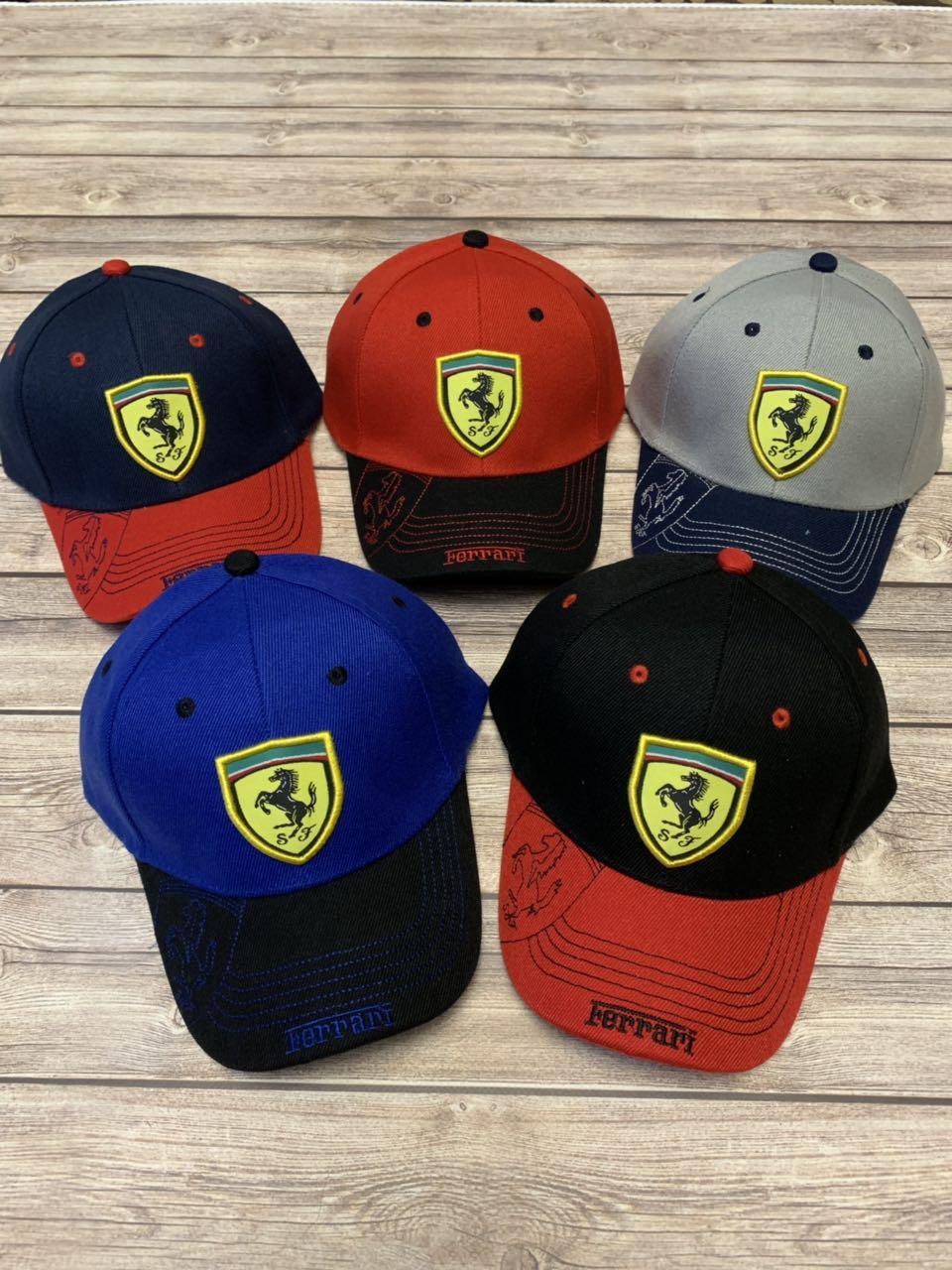 Літня дитяча кепка для хлопчика з нашивкою Ferrari р. 54-55