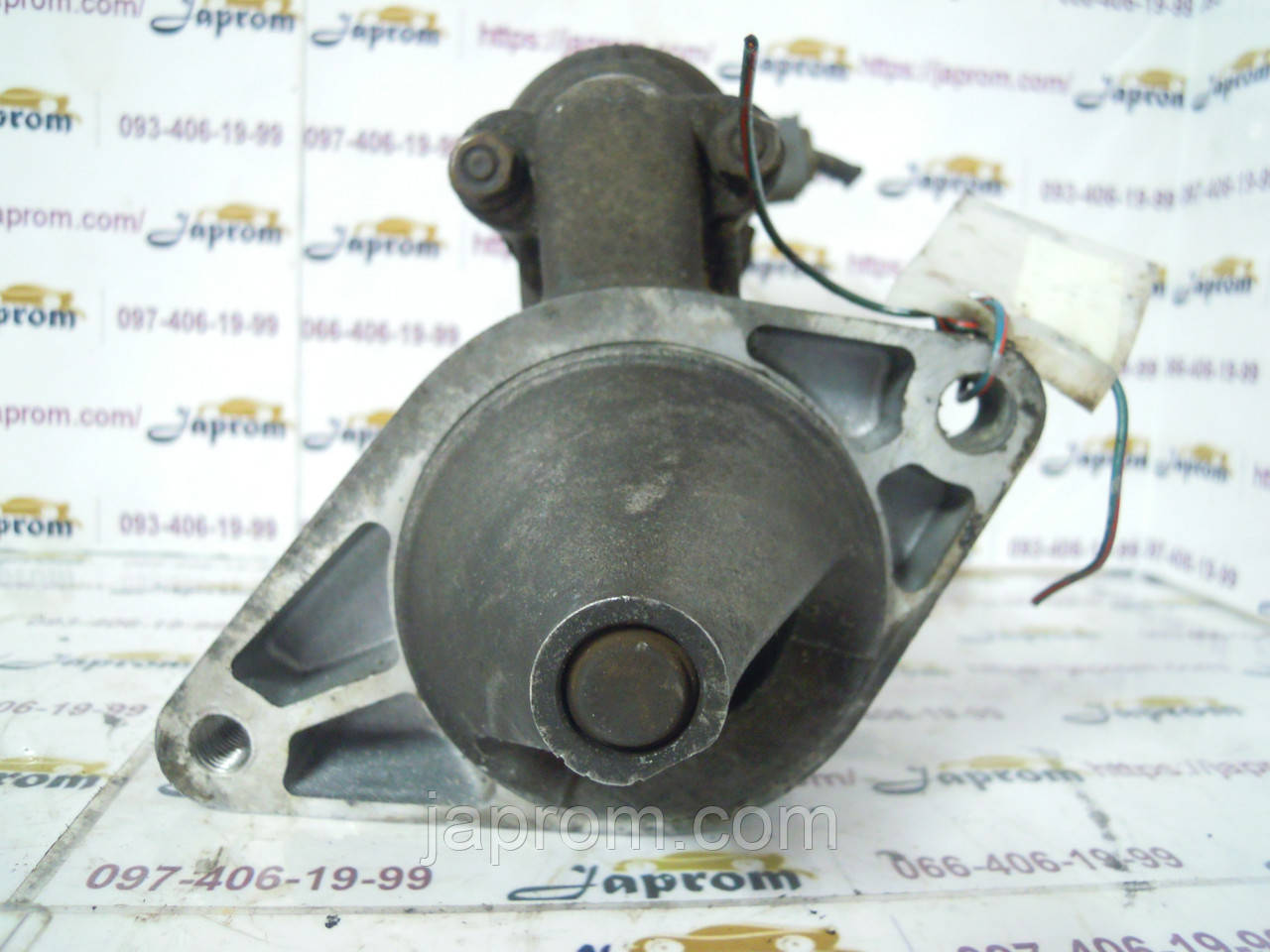 Стартер Toyota Yaris Echo 1999-2005 г.в.1.0 1.3 бензин