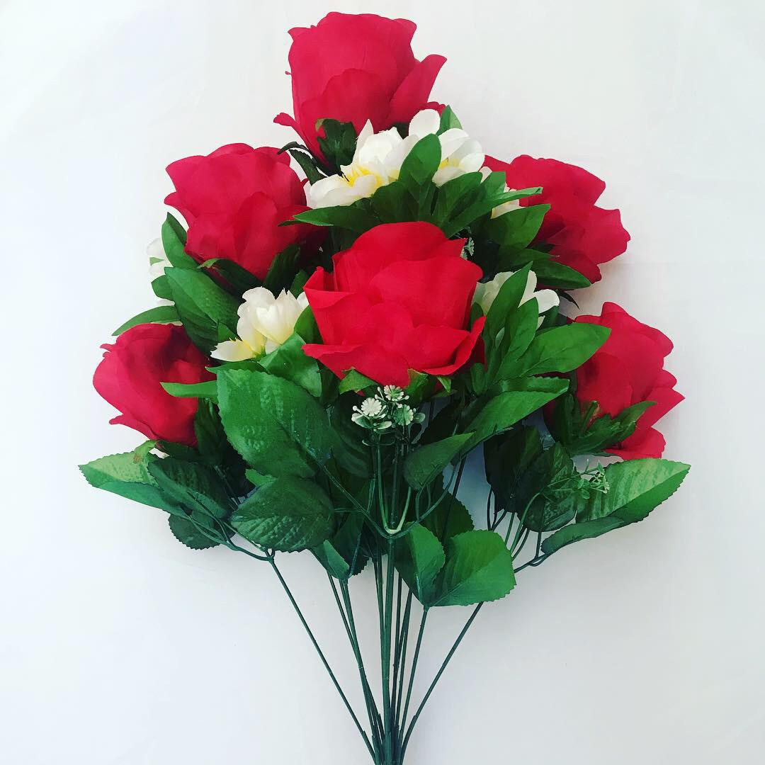 Искусственная роза с жасмином.