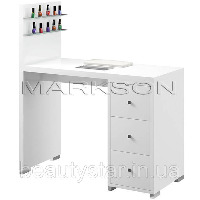 Маникюрный стол М122 С пластмассовыми колесами
