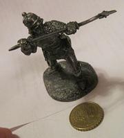 Фигурка статуэтка английский ВОИН рыцарь солдат металл сплав олова в доспехах с копьем