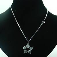 Кулон в форме цветка, с кристаллами Swarovski. 50