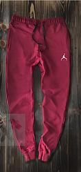Чоловічі спортивні штани Jordan червоного кольору топ-репліка