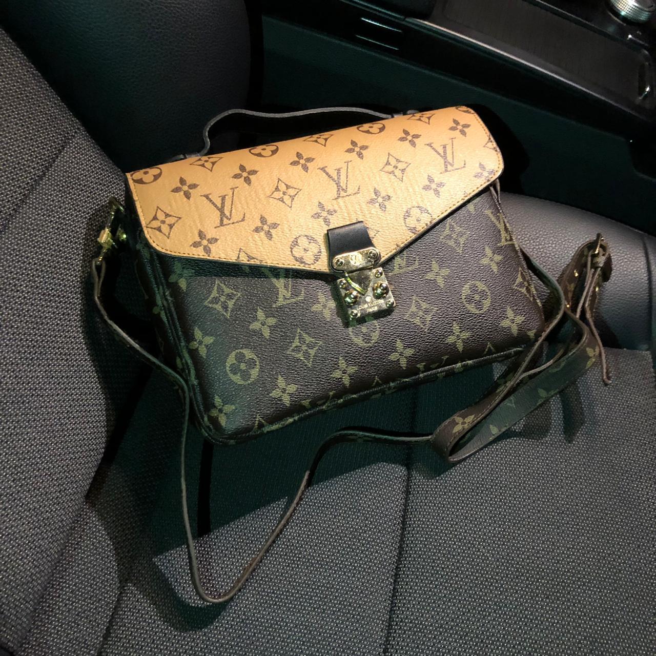 Жіноча сумка в стилі LOUIS VUITTON (Луї Віттон), коричневий колір
