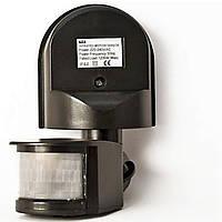 Датчик движения Z-LIGHT черный IP44 угол захвата 180° с регулировкой уровня освещенности и чувствительности