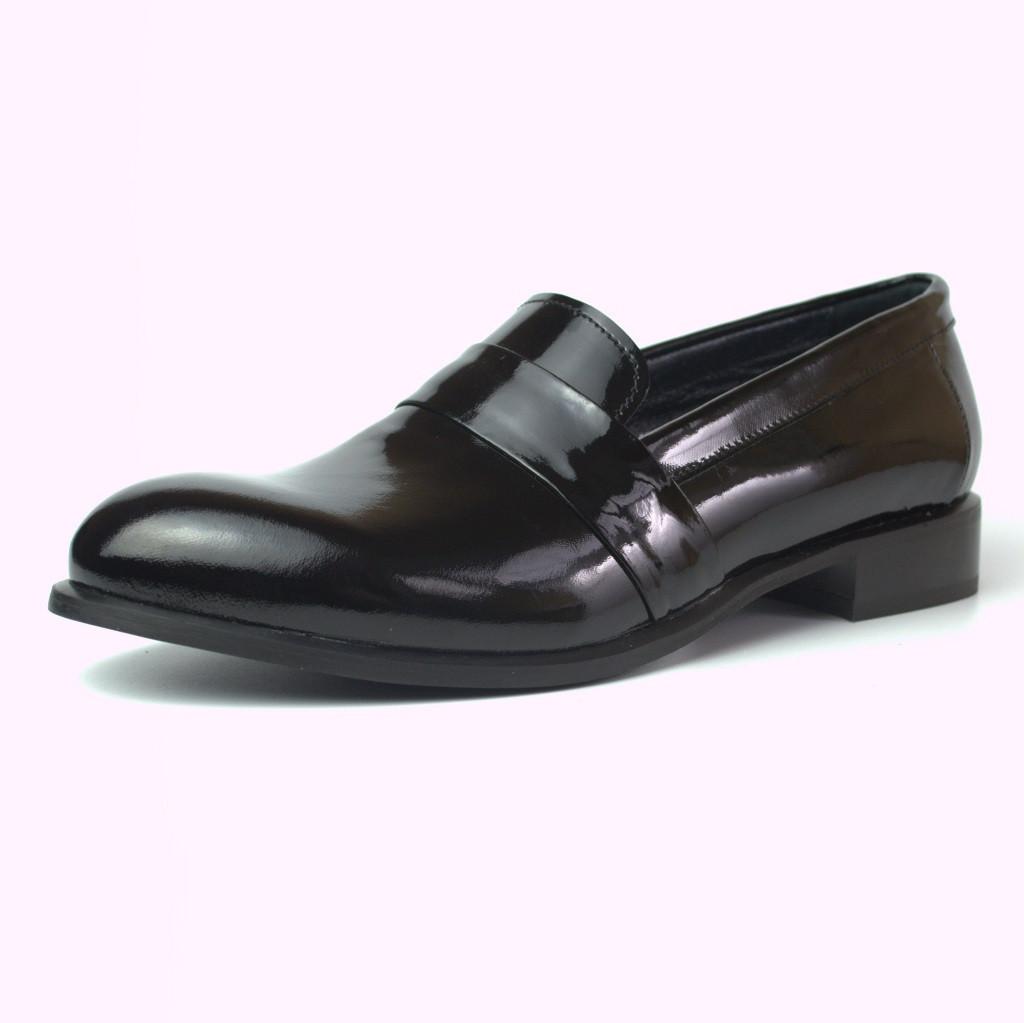 Туфли лаковые классические кожаные женская обувь Puro Low Black Lack by Rosso Avangard