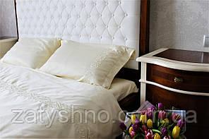Постельное белье с вышивкой сатин