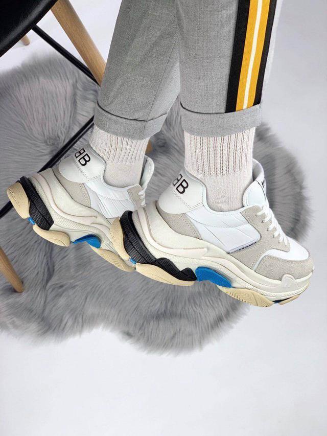 Кросівки Balenciaga Triple Triple S 2.0 White фото