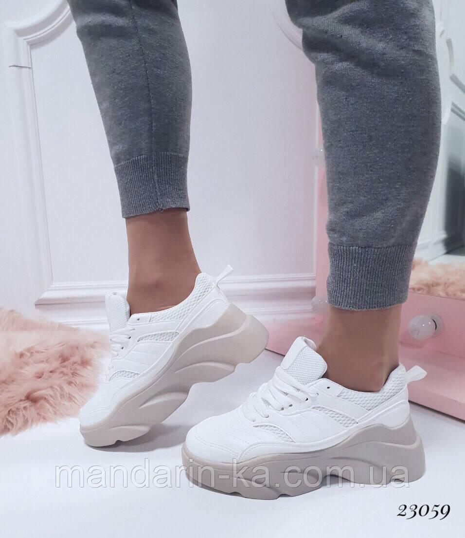 Женские кроссовки Rafaello