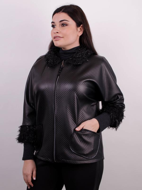 Элегантная легкая женская черная куртка больших размеров: 50-68