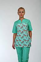 Мятный медицинский костюм с принтом