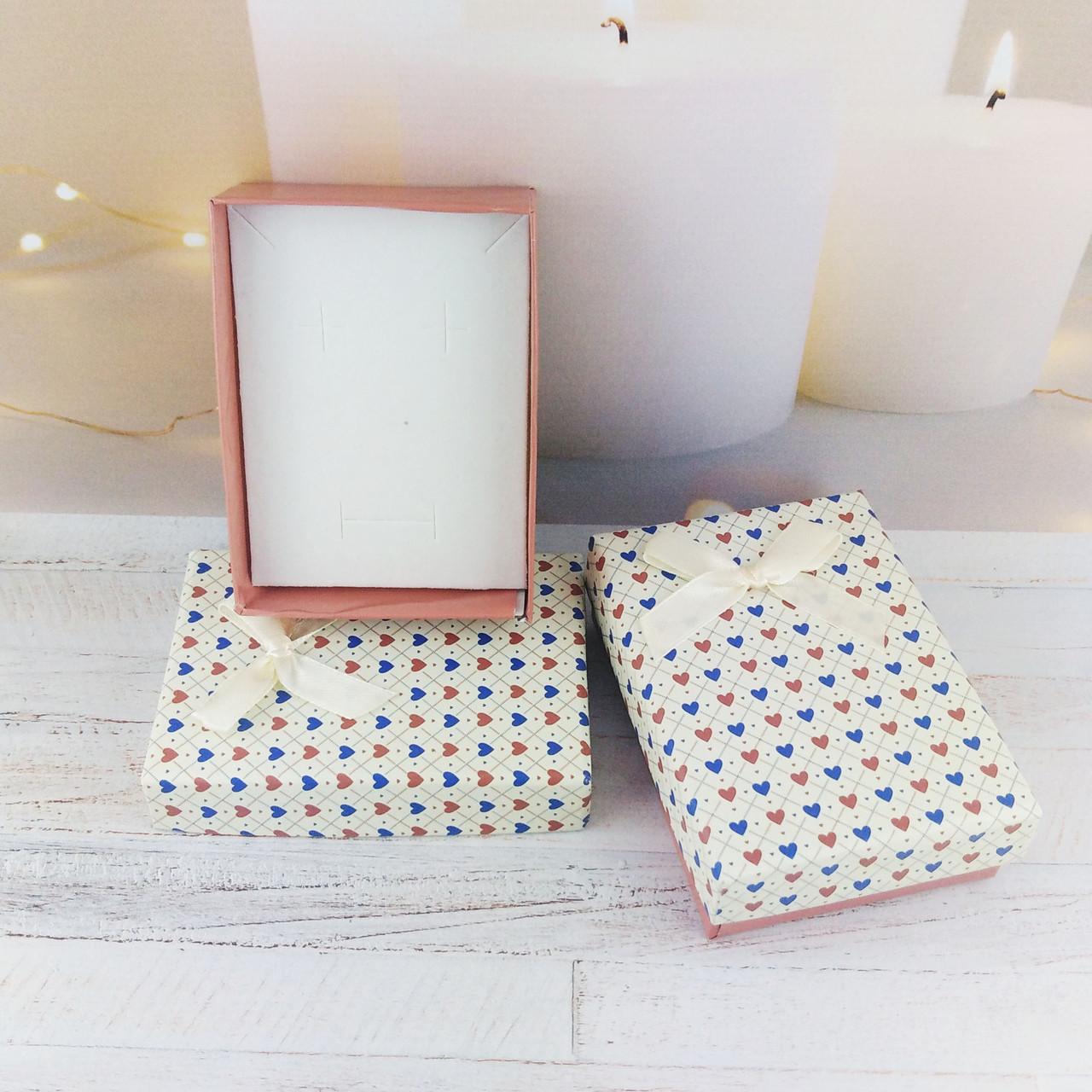 """Подарочная коробочка """"Цветные сердечки"""", капучино + крем"""