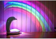Проектор Дельфин Радуга (3 цвета) 14х10х15см