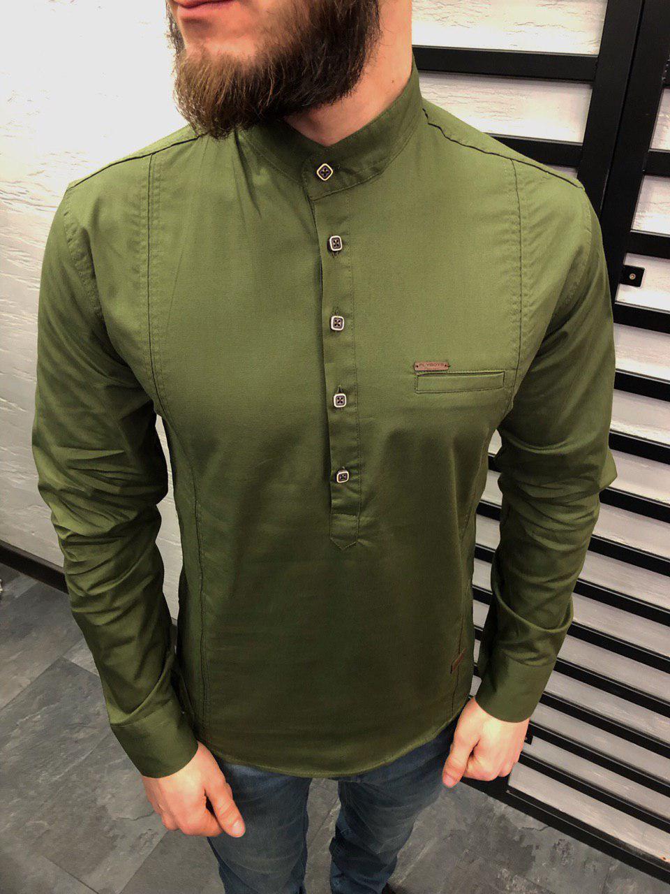 1d0bc891347 Мужская рубашка приталенная зеленого цвета на 5 квадратных пуговицах -  Интернет-магазин обуви и одежды