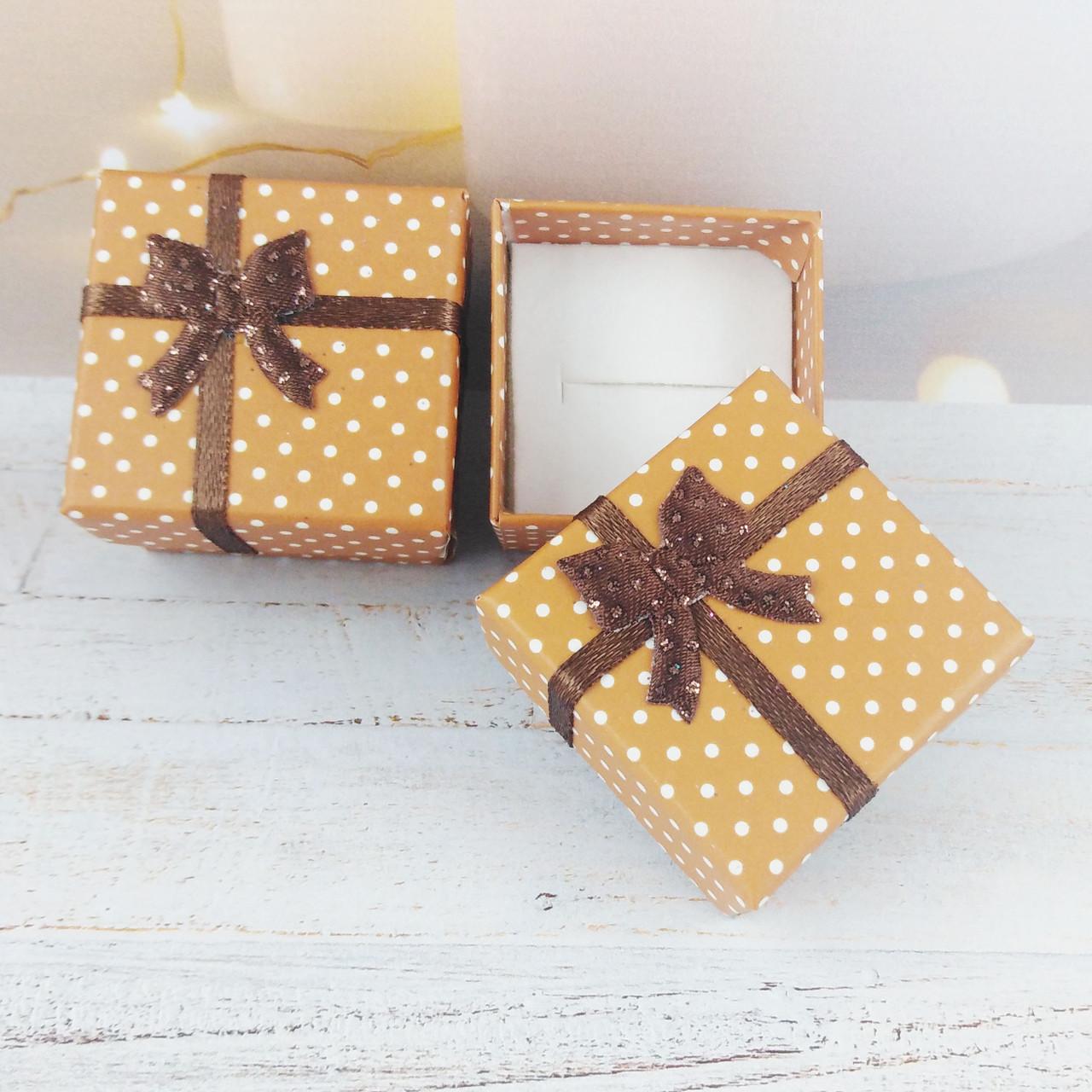 Подарочная коробочка Горошек, цвет капучино