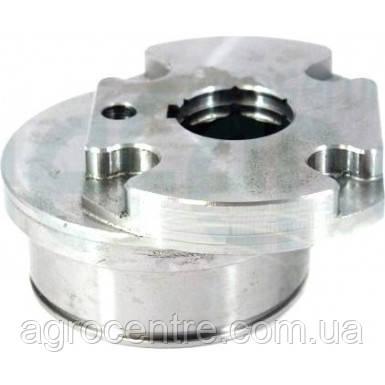 Кулачёк привода доочистки правый (87318100/1322574C1), 2388