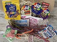 Отличный подарочный набор сладостей из США