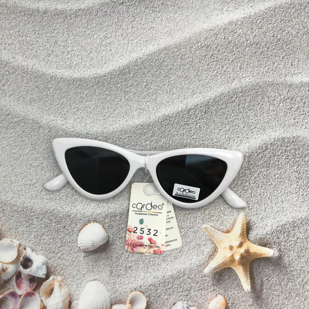 Модные черные ретро-очки с белой оправой