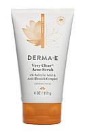 Противоугревой скраб с салициловой кислотой (2 %) Very Clear® *Derma E (США)*