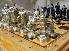 Эксклюзивный набор шахмат (доска из дерева, фигурки бронзовые)