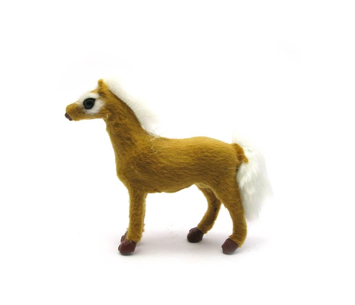 Лошадь мех (11х11х3,5 см)