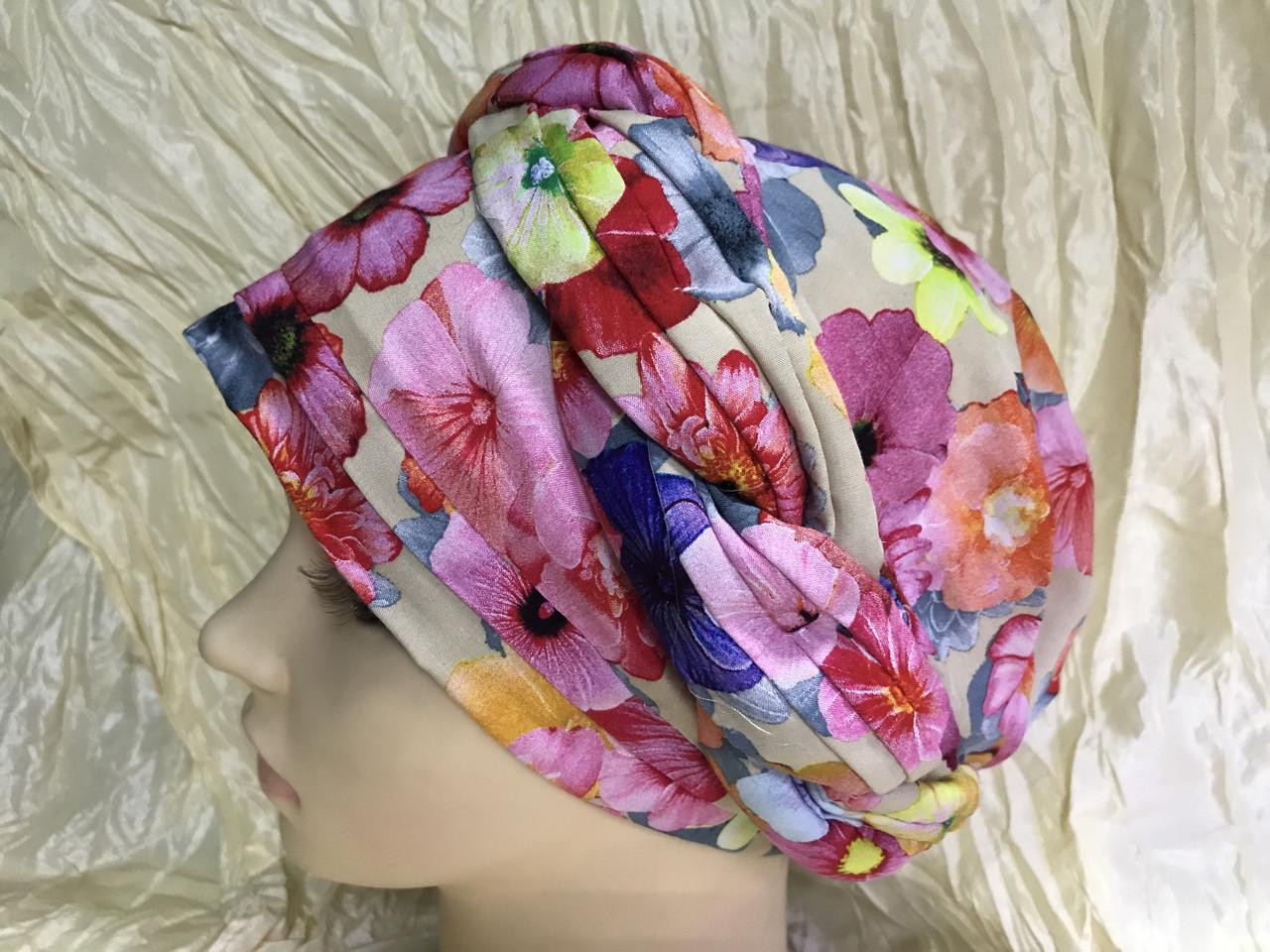 Летняя бандана-шапка-косынка в ярких цветах