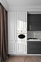 Белая кухня с фасадами без ручек и тумбами графит матовый, фото 1