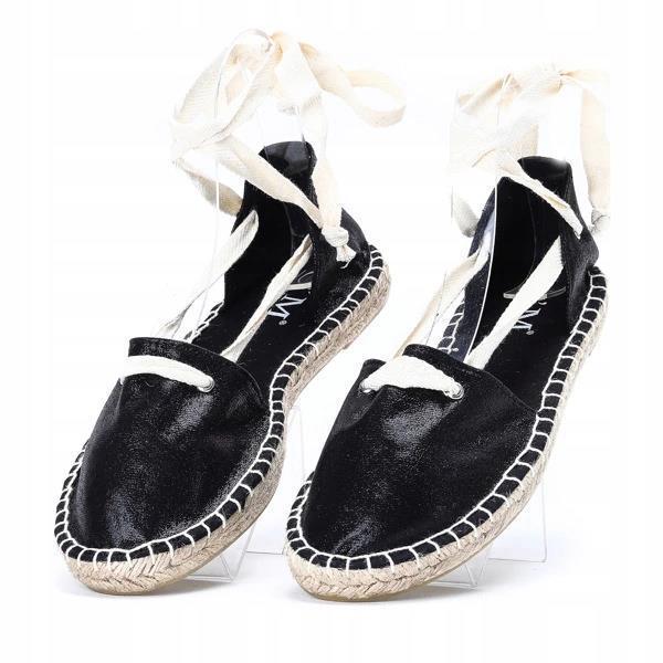 Женские балетки чёрного цвета открытые на лето