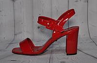 Босоножки женские, красные, лаковые, каблук - 9 сантиметров. Размеры 36, 38, 39. Lino Marano C190-5.