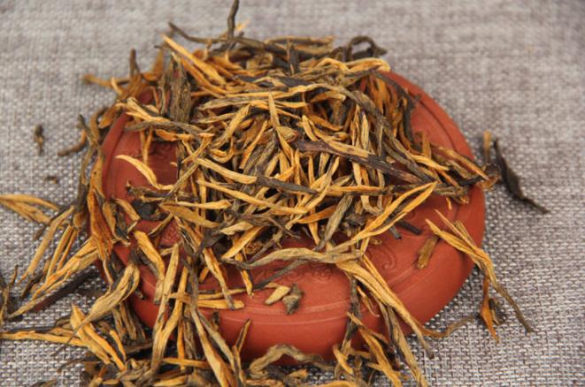 Черный красный чай Дянь Хун Элитный 50грамм