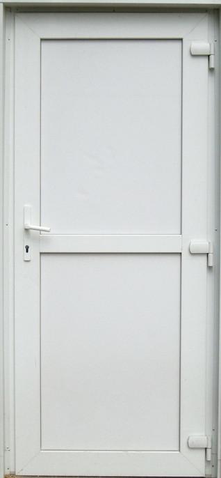 Дверь металлопластиковая входная глухая