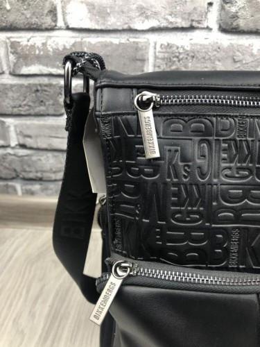 2526c37250b7 ... Молодежная мужская сумка-планшетка Bikkembergs черная кожа PU через  плечо унисекс Биккембергс люкс реплика, ...