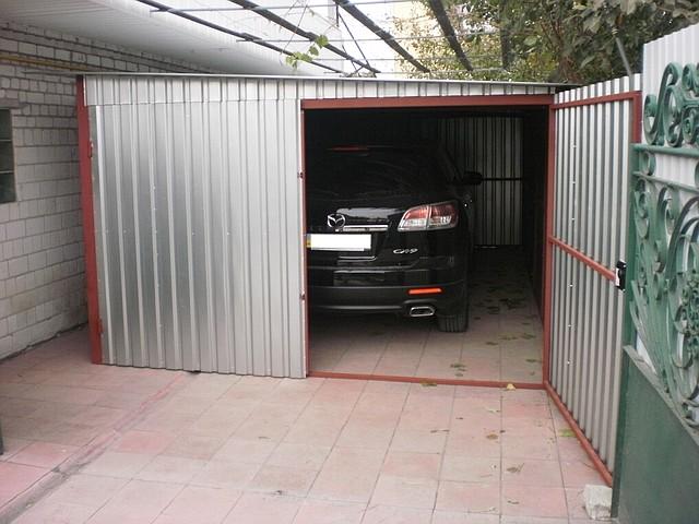 купить игрушечный гараж для больших машин
