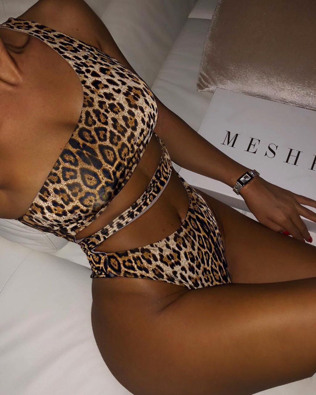 Купальник леопардовый на одно плечо