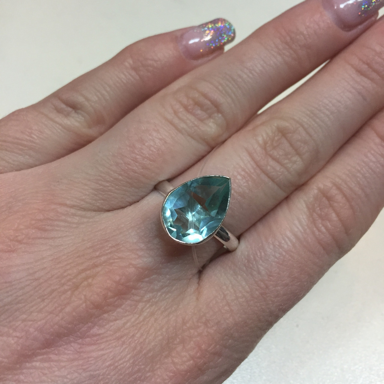 Зеленый аметист кольцо с аметистом в серебре 19 размер Индия