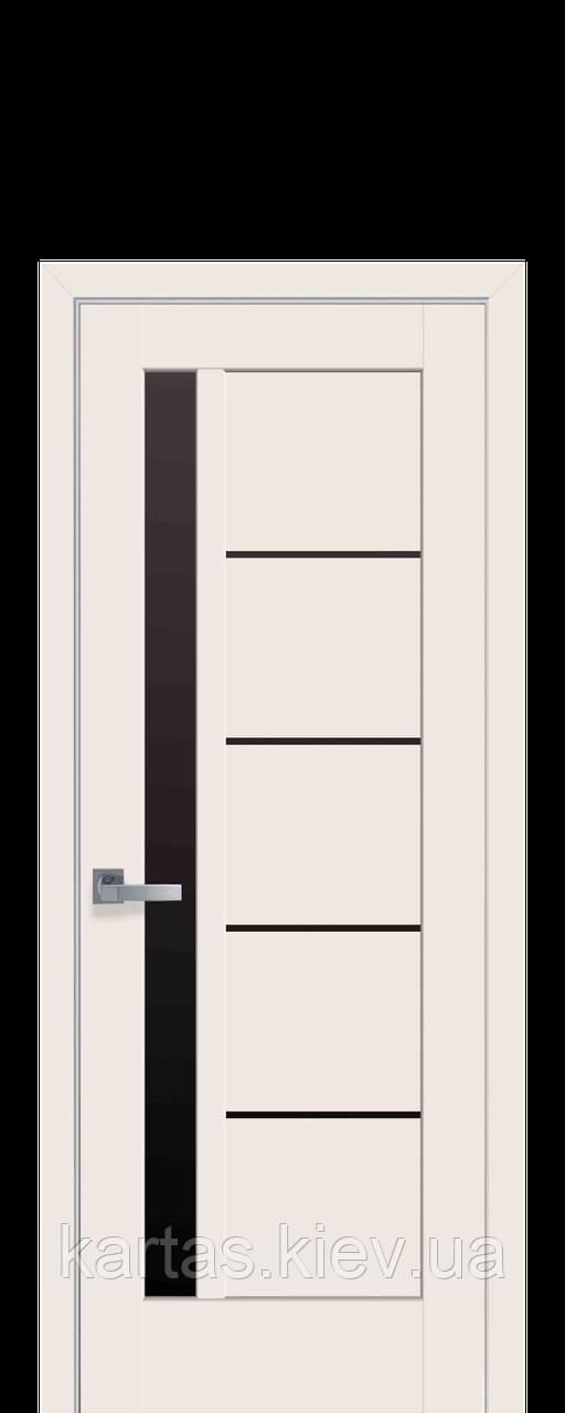 Дверное полтно Грета Магнолия с черным стеклом